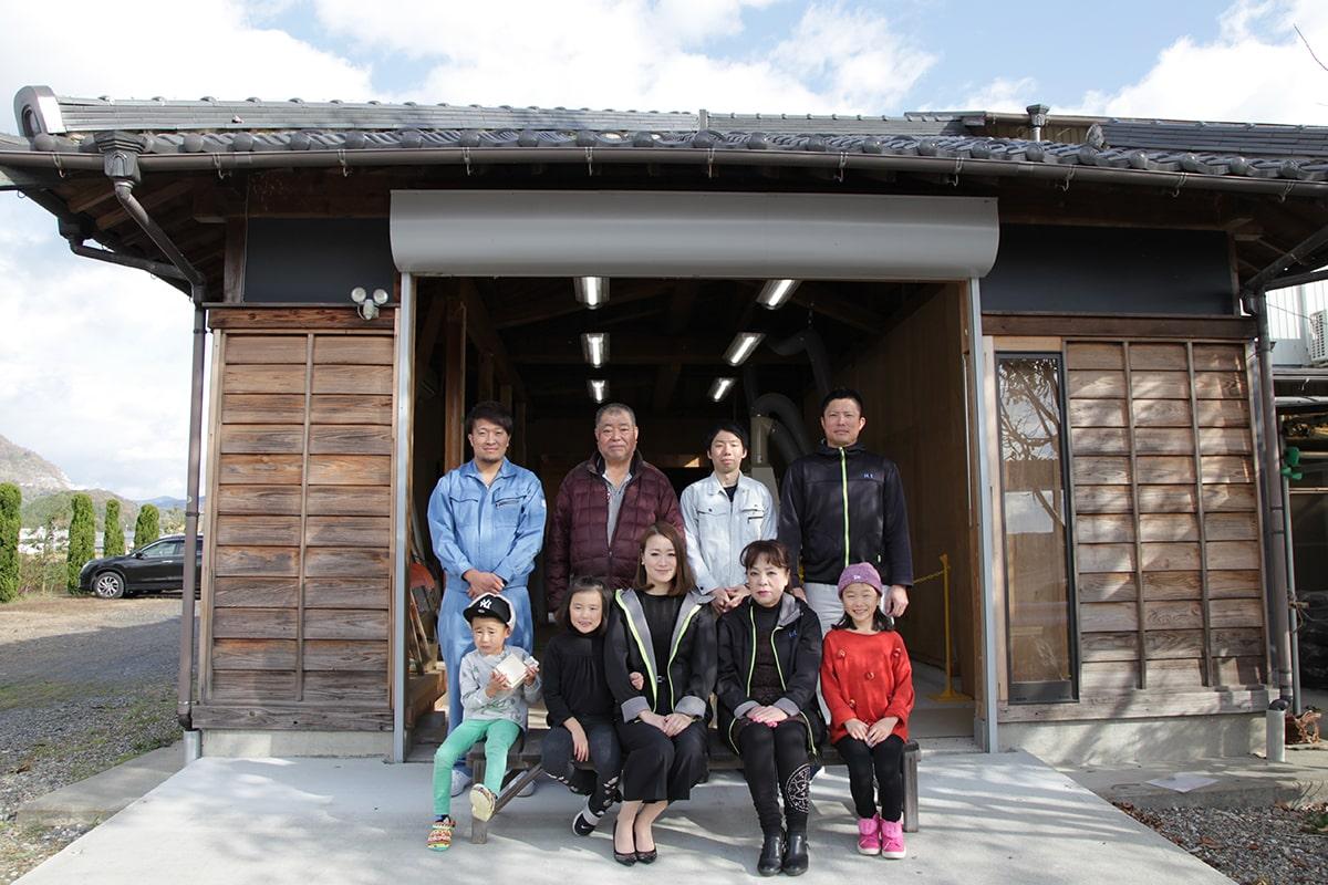 4代目 日比野正樹と親族・スタッフ